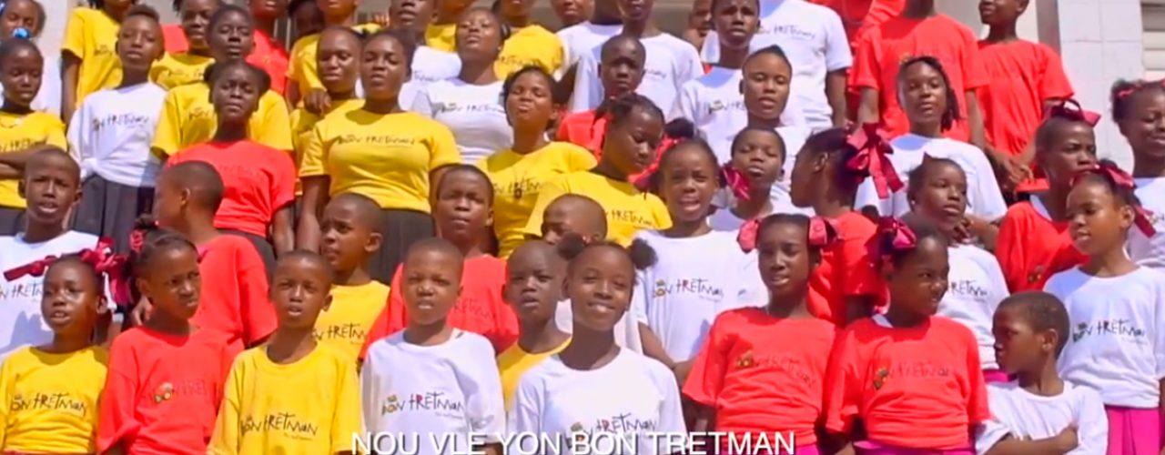 """""""Piensa en los niños"""" para promover el buentrato en Haití"""